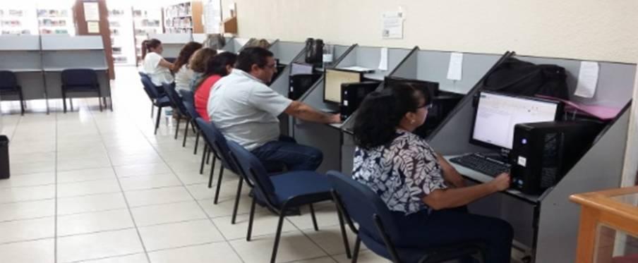 Sin plaza 50 mil profesores aprobados en concurso de oposici n for Concurso para profesores