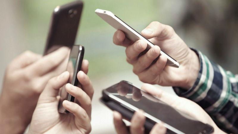 4f40508b3ca Del 19 al 21 de septiembre, empresas como AT&T anunciaron la suspensión de  cobranza de sus servicios de telefonía. En Estados Unidos se eliminará el  costo ...