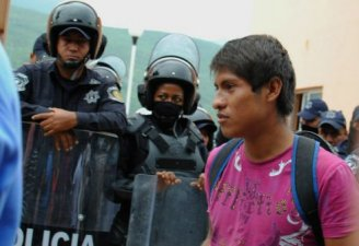 Clashes between students and federal police in Tixtla, Guerrero