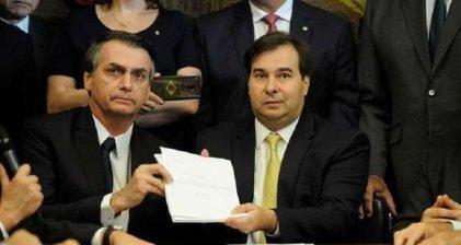 Bolsonaro ofrece 40 millones de reales a cada diputado que apoye su reforma previsional