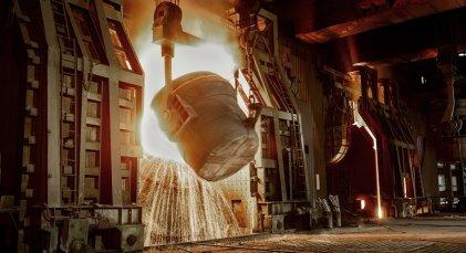 La industria tuvo una contracción de 7,6 % en 2020 y la construcción se derrumbó 19,5 %