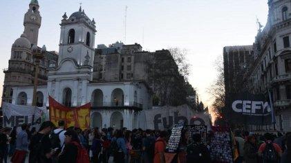 Acuerdos con el kichnerismo: ¿a dónde va la UJS-Partido Obrero?