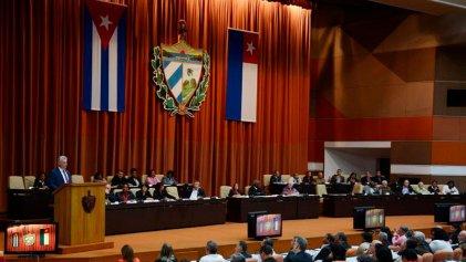 """Nueva Constitución de Cuba: se incorpora la propiedad privada y reconoce el rol del """"mercado"""""""