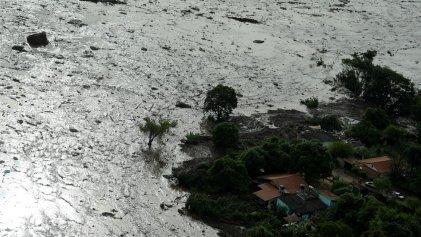 Al menos nueve personas fallecidas y 400 desaparecidas por rotura de una represa en Brasil