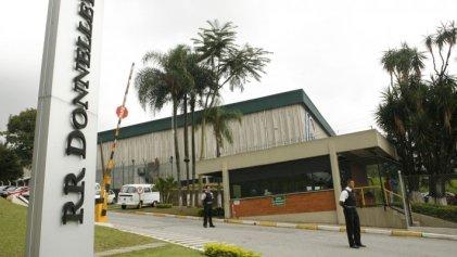 Como en Argentina, Donnelley Brasil anuncia cierre con carteles en la puerta de sus fábricas