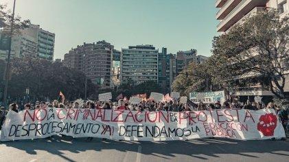 Estudiantes y organizaciones se movilizaron en Córdoba contra la criminalización de la protesta