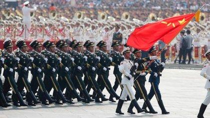 China celebra los 70 años de la República Popular con una monumental demostración militar