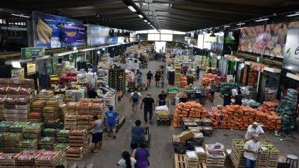 """Mercado Central: """"Hacen donaciones con lo que nosotros tiramos"""""""