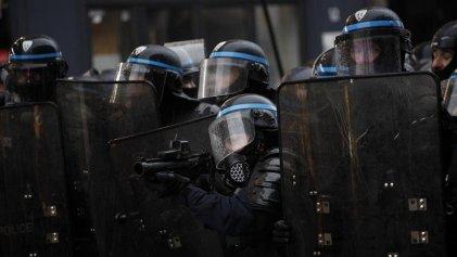 Brutal represión en París durante la jornada de protesta contra la reforma jubilatoria