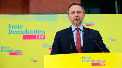 Liberales y conservadores pactan con la extrema derecha en Alemania