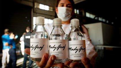 Estudiantes proponen convenio de la FCE UBA con cooperativa Madygraf para ayudar a reconvertir la producción hacia insumos de higiene