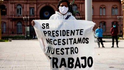 [Fotogalería] Los trabajadores de Penta se movilizaron a Casa Rosada