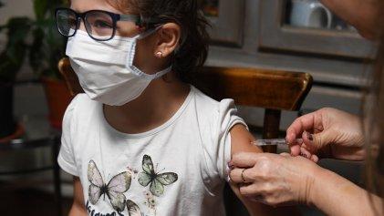 Pfizer y BioNTech SE probarían su vacuna contra el coronavirus en Argentina