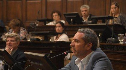 Mendoza: Cambia Mendoza vota criminalizar familias sin vivienda