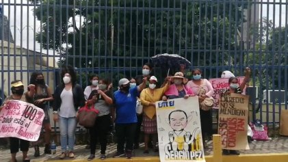 El Salvador: trabajadoras textiles de Industrias Florenzi que ocupan la fábrica resisten y van a huelga de hambre