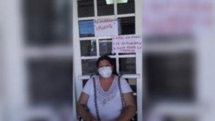 """""""Dejaron en la calle a toda una familia"""": Viviana pide volver a trabajar al Hospital Larrain"""