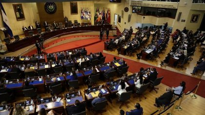 Con mayoría en el Congreso, Bukele destituyó a jueces y al Fiscal General de El Salvador