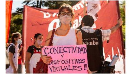 La izquierda presenta proyecto de conectividad libre y gratuita para estudiantes y docentes