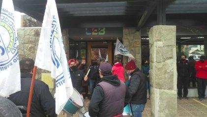 Trabajadora de la Cooperativa Eléctrica Bariloche denuncia acoso y maltrato