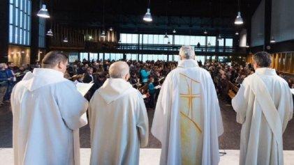 Por abusos sexuales a menores, piden la renuncia de 120 obispos franceses