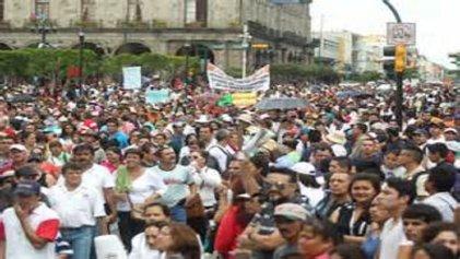 A defender a México ante el imperialismo de EE. UU., ¡sí! Unidad nacional con Peña Nieto, ¡no!