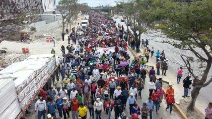 Masiva movilización en Tuxtla Gutiérrez contra 'gasolinazo'