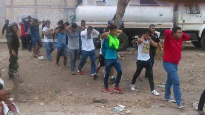 Brutal represión contra normalistas en Chiapas