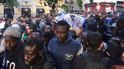 Una ola de indignación contra el racismo institucional: ¡Mmame Mbage presente!