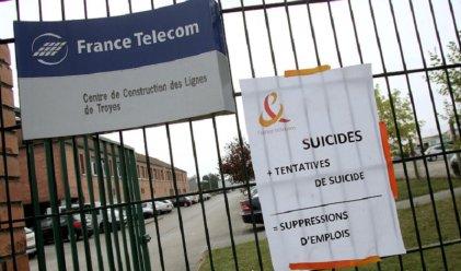 Juicio a ejecutivos de Telecom Francia responsabilizados por el suicidio de 35 empleados