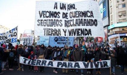 Vecinas de Guernica participaron de la jornada de lucha en el Obelisco