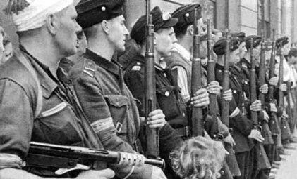 El Alzamiento de Varsovia de agosto de 1944