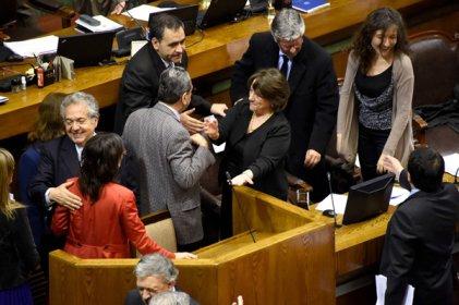 Senadores aprobaron por unanimidad proyecto de carrera docente