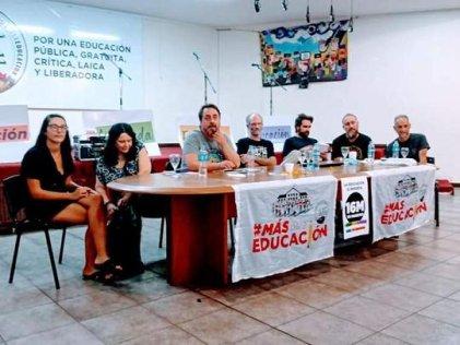 """Cantando """"el agua de Mendoza no se negocia"""", finalizaron las jornadas sobre problemáticas socioambientales"""