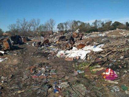 """Vecina de barrio Esperanza: """"Valenzuela prometió chapas para callar nuestras voces"""""""