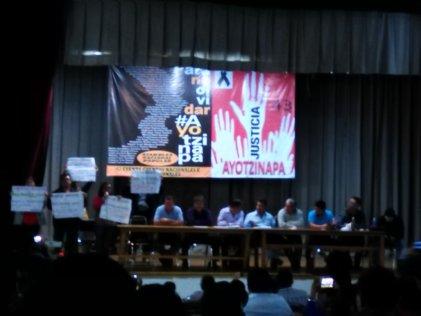 Frente al ataque del gobierno, los maestros nos organizamos