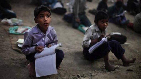 """La """"calidad"""" y la """"excelencia"""" educativa en la reforma de López Obrador"""