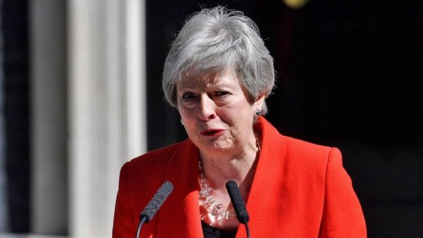 Theresa May anunció su renuncia en medio de la crisis del Brexit