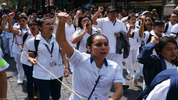 ENTREVISTA: Internos, la mano de obra gratuita en los hospitales