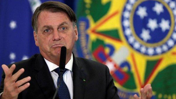 """""""Ahora soy genocida"""": Bolsonaro se burla de las restricciones en medio del récord de muertes"""