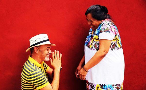 Louboutin explota a indígenas mayas