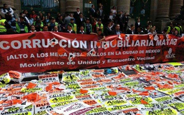 Damnificados del 19S protestan contra la imposición de créditos