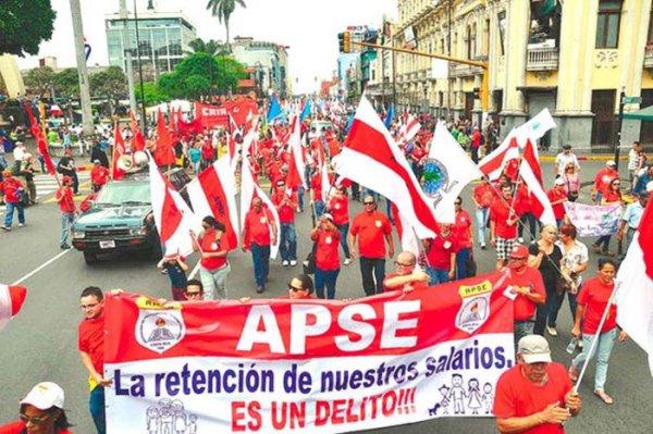 Jueves de huelga docente en Chile y Costa Rica